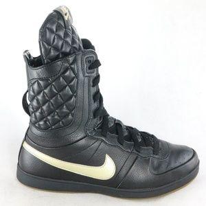 Rare NIKE Legend S/S Quilted Blk/Gold Sneakers